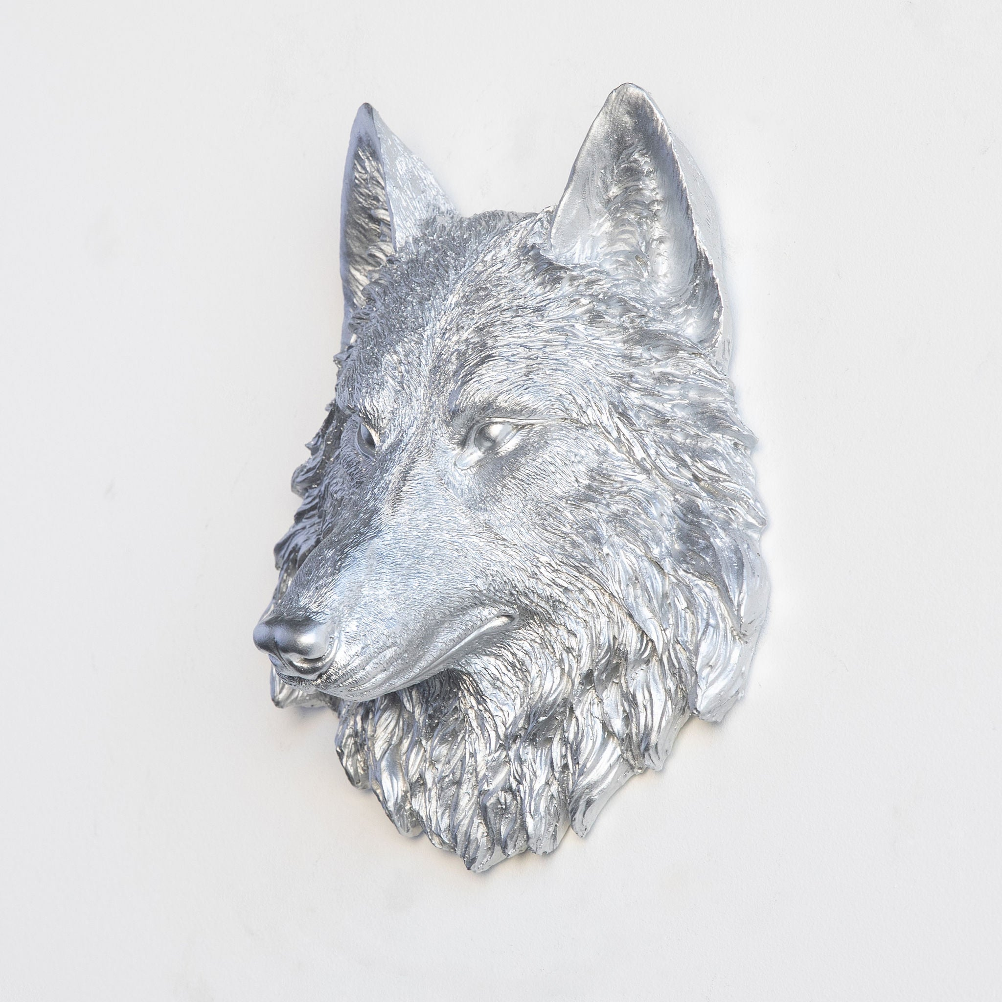Faux Small Wolf Head Wall Mount // Silver
