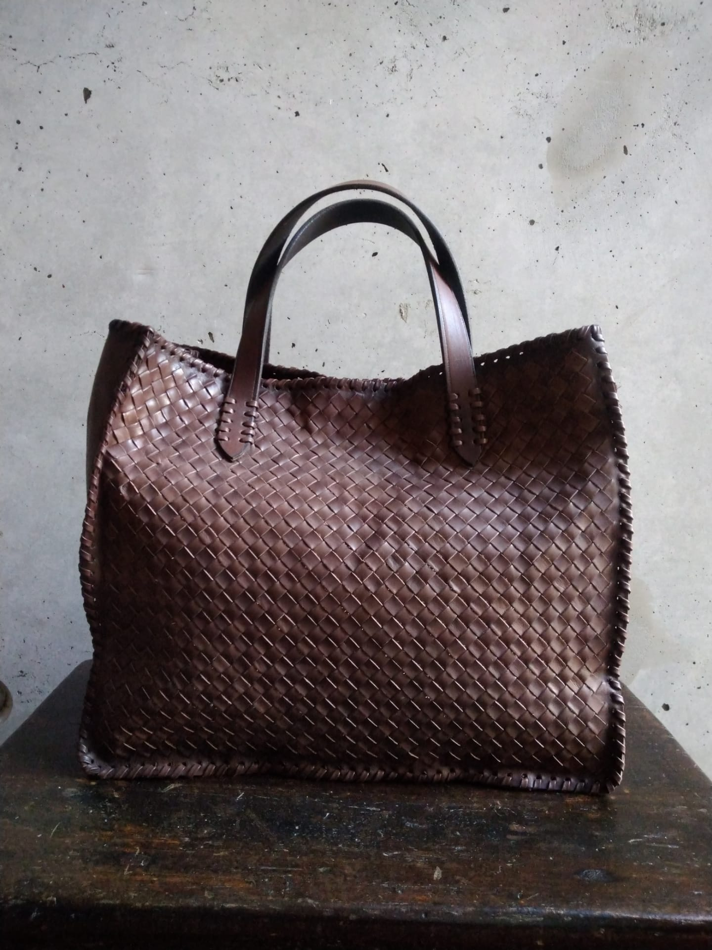 Dragon diffusion brown handbag
