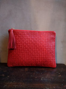 Dragon diffusion medium pouch / poppy red