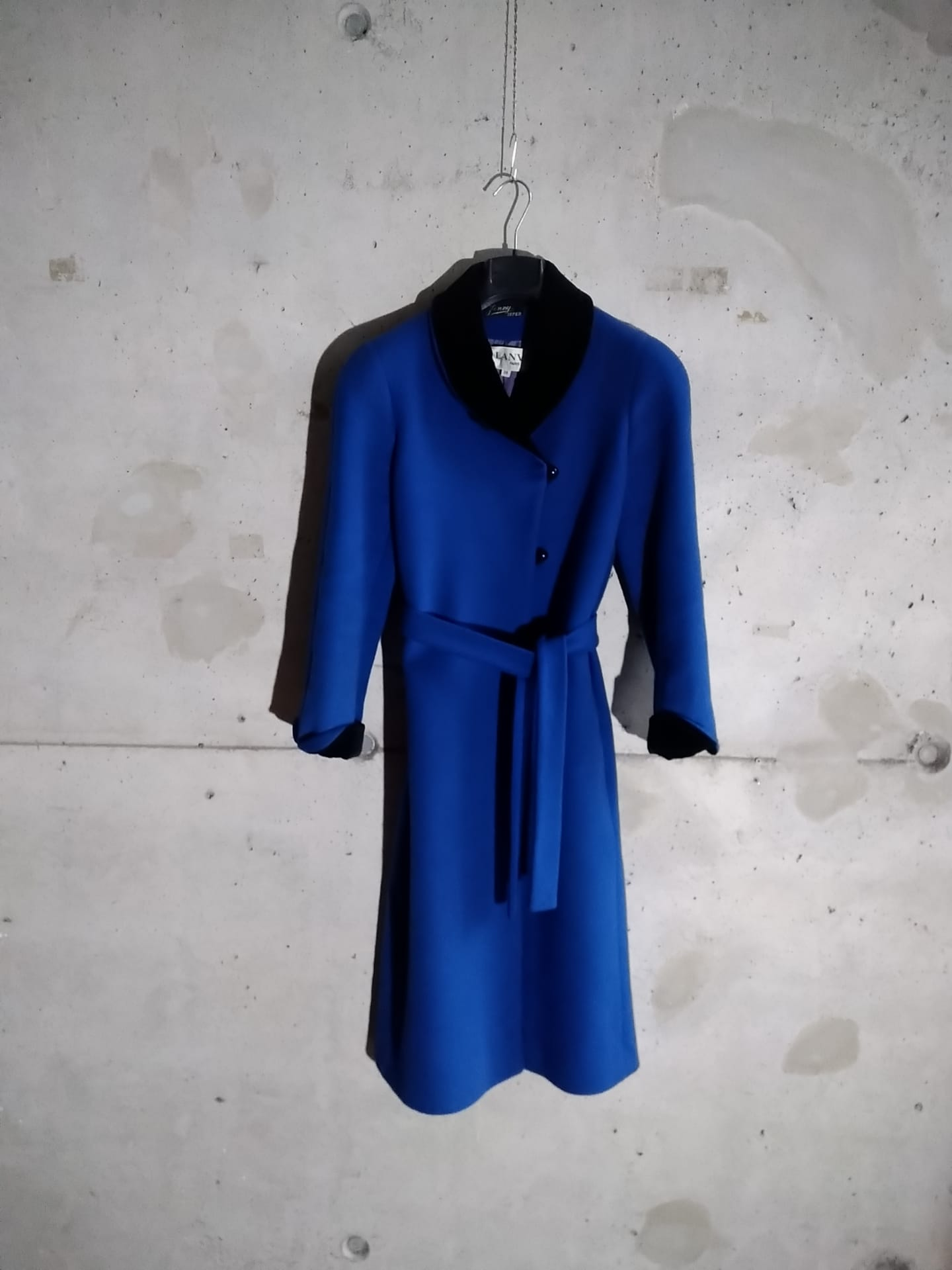 Lanvin blue coat with black velvet collar