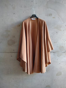 Natural simple cape