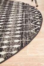 Load image into Gallery viewer, Evoke Simplicity Black Transitional Round Rug