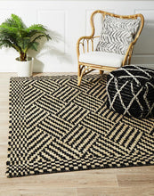 Load image into Gallery viewer, Kenya Kimi Hand Woven Tribal Jute Rug