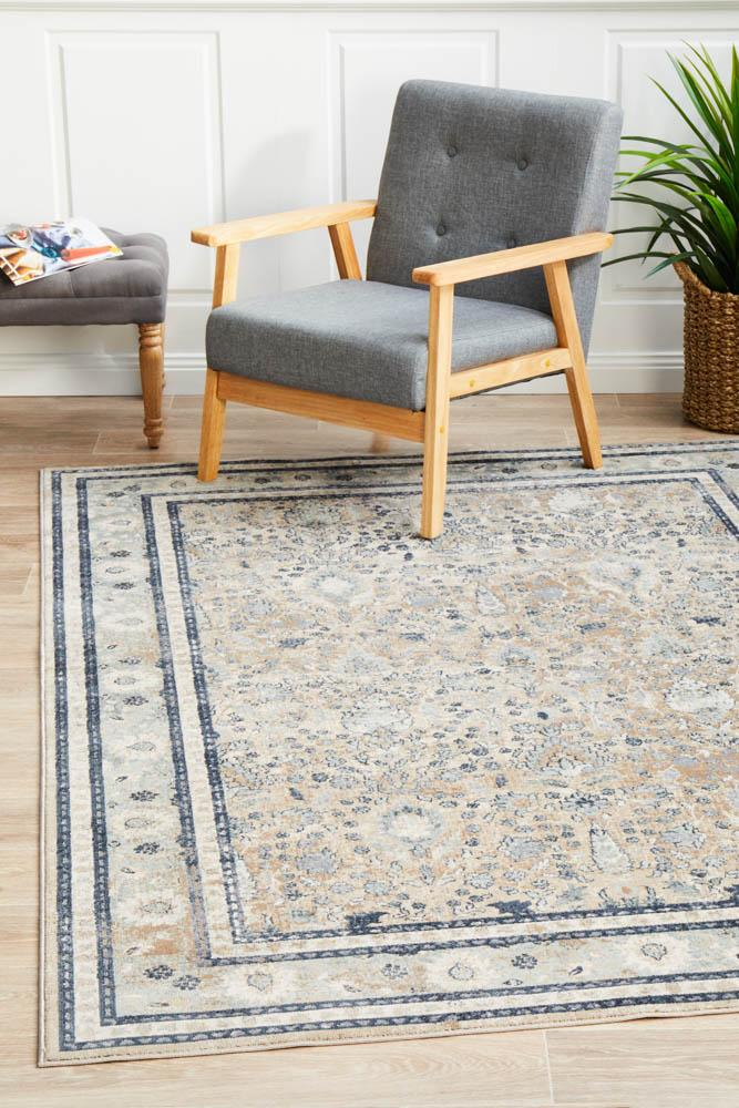 Providence Esquire Rim Traditional Beige Rug