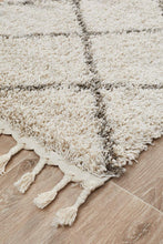 Load image into Gallery viewer, Saffron 22 Natural Runner Rug