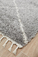 Load image into Gallery viewer, Saffron 22 Silver Rug