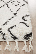 Load image into Gallery viewer, Saffron 55 White Runner Rug