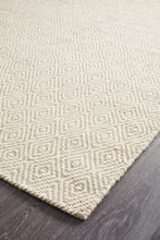 Load image into Gallery viewer, Skandinavian 304 Silver Rug