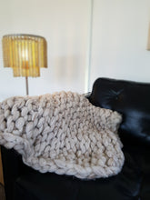 Load image into Gallery viewer, Chunky Knit Merino Blanket
