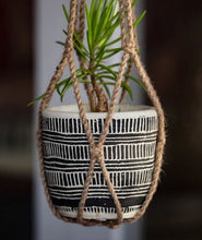 Load image into Gallery viewer, Lark Macrame Pot Plant Hanger