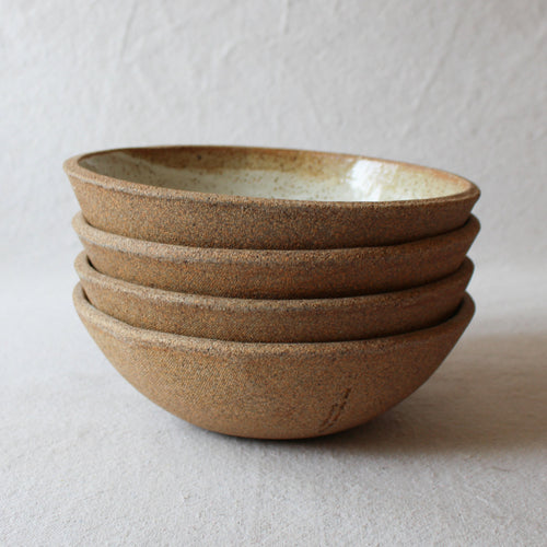 LARGE EVERYDAY BOWL IN SANDSTONE