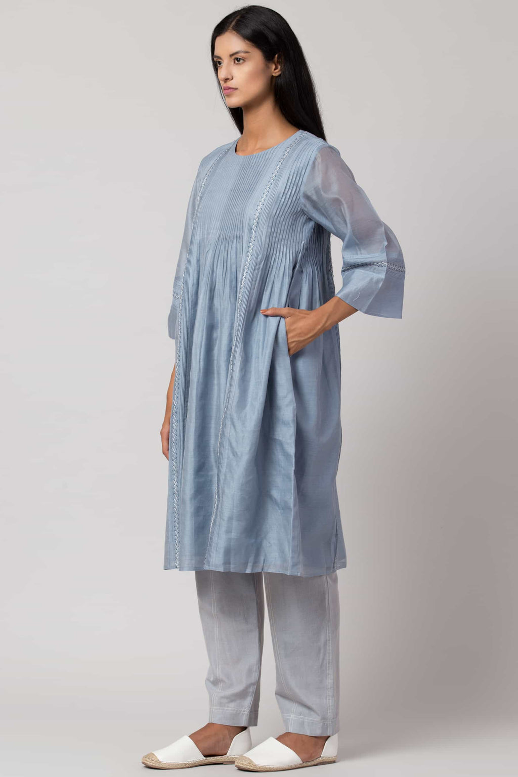 Blue hand-embroidered dress made in 100% handwoven yarn dyed silk Chanderi - side