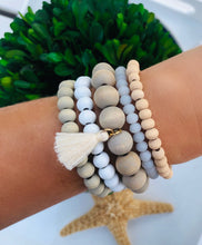 Load image into Gallery viewer, Wood Beads - set of 5 bracelets