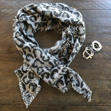 Load image into Gallery viewer, Leopard Shawl/Scarf