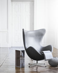 Arne Jacobsen Egg Chair in Sense Grey Leather in Situ