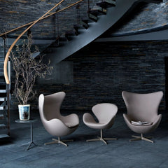 Arne Jacobsen Egg and Swan Chairs at the Royal Hotel in Copenhagen