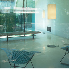 Arne Jacobsen AJ Royal Floor Lamp from Santa & Cole with Bertoia Diamond Chair