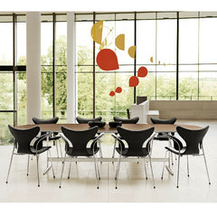 Arne Jacobsen Lily Arm Chairs in Contract Setting with Shaker Base Table Series Fritz Hansen