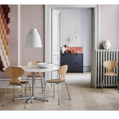 Arne Jacobsen Ant Chairs with A827 Marble Table with 6 Star Base Fritz Hansen