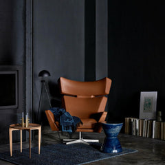 Arne Jacobsen Oksen Chair Tan Leather in room with Fritz Hansen Tray Table