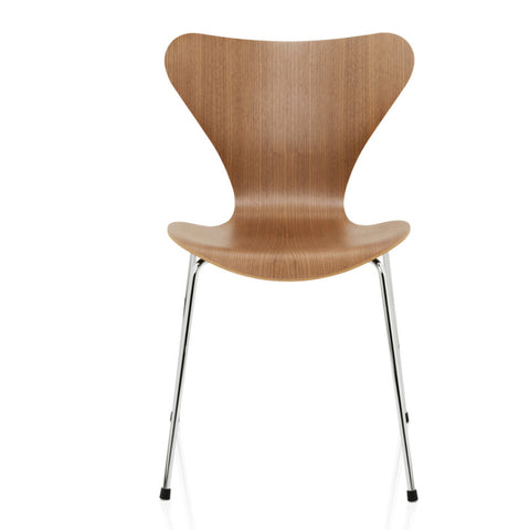 Series 7 Chair Natural Wood | Arne Jacobsen
