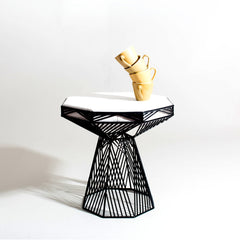 Bend SWITCH Table Stool Black Base White Top