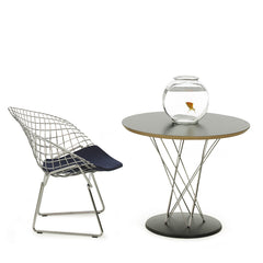 Bertoia Kids Diamond Chair in Room
