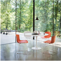 Bertoia Molded Shell Side Chairs with Saarinen Tulip Round Dining Table by Knoll