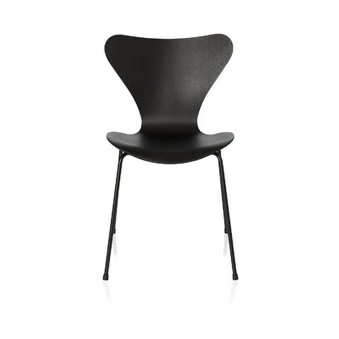 Series 7 Chair Monochrome | Arne Jacobsen