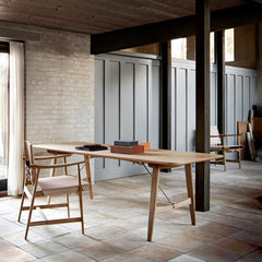 Borge Mogensen Huntsman Chair in situ with Hunting Table Carl Hansen & Son