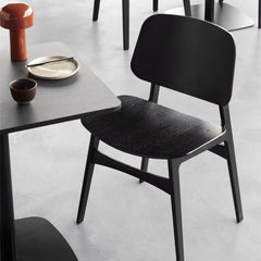 Black Oak Lacquered Søborg Chair by Børge Mogensen with Mesa Cafe Table for Fredericia