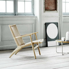 Carl Hansen and Son Wegner CH25 Chair in Copenhagen Apartment with Wegner Tray Table