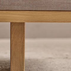 BM0865 Daybed Oak Base Detail by Borge Mogensen for Carl Hansen and Son