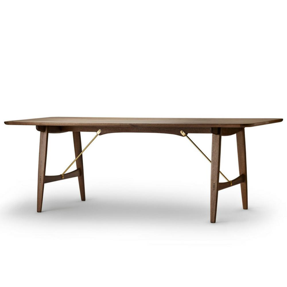 Borge Mogenson Hunting Table in Walnut BM1160 by Carl Hansen and Son