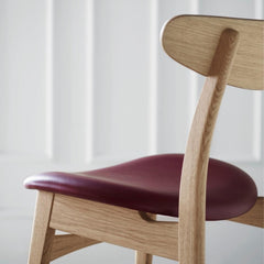 Carl Hansen Wegner CH30 Dining Chair Oak and Leather Back Detail