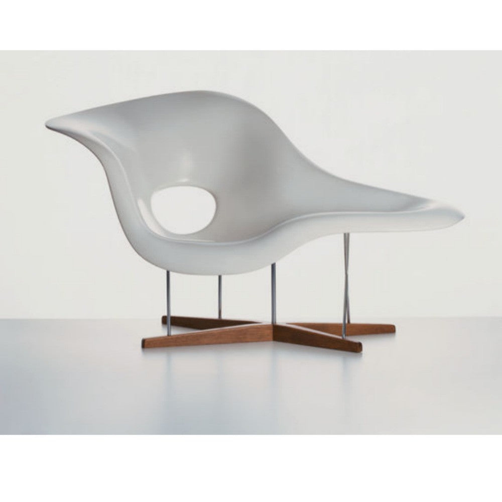 Charles ray eames la chaise vitra modern furniture for Chaise eames