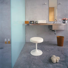 Eero Saarinen Tulip Stool White Bathroom Knoll