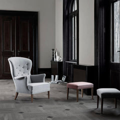 FH419 Frits Henningsen Heritage Chair and Ottomans in room Carl Hansen and Son