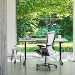 Florence Knoll Hairpin Stacking Table in Home office with Life Chair