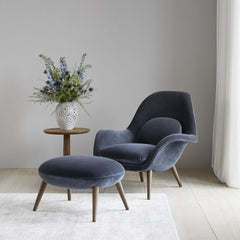 Fredericia Space Copenhagen Swoon Lounge Chair and Ottoman in Kvadrat Harald Velvet in room