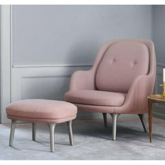 Fritz Hansen Ro Chair Light Pink in Room by Jaime Hayon