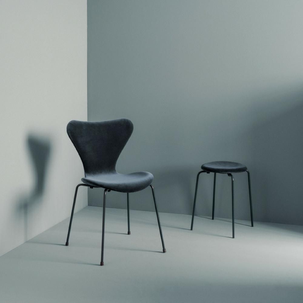 Chairs Berlin lala berlin x fritz hansen velvet series 7 chairs limited