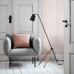 Black Giraffe Floor Lamp with Oak Legs from Frandsen Lighting