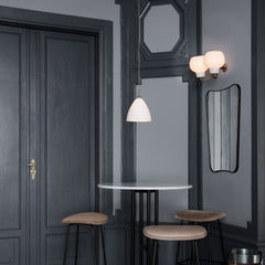 GUBI F.A.33 Wall Mirror in Cafe with Bestlite Pendant