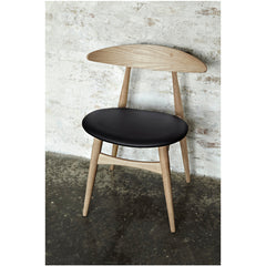 Wegner CH33 Chair Oak with Black Leather Seat on Wall in Room Carl Hansen & Son