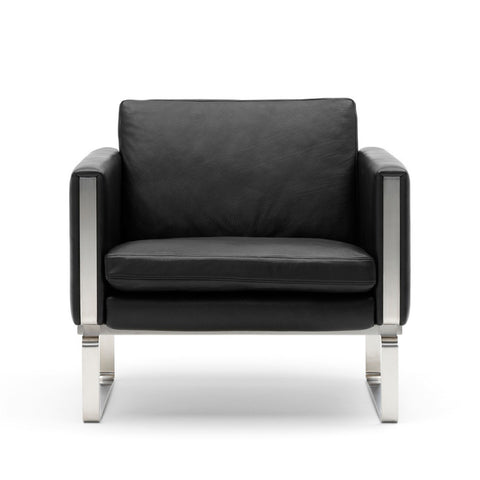 Hans Wegner Club Chair CH101