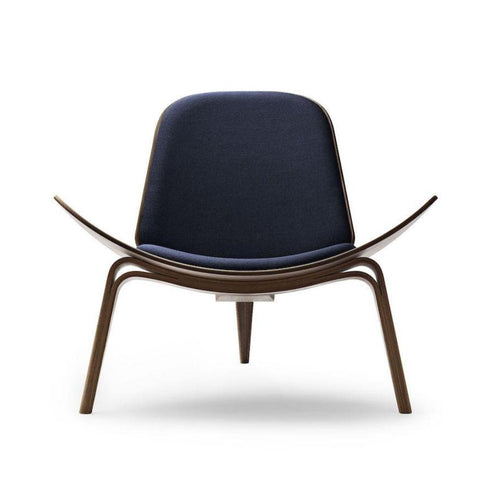 Wegner Shell Chair CH07