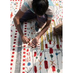 Nani Marquina Hayon x Nani Rug being made
