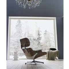 Herzog and de Meuron Hocker Stool White in blue room with Eames Lounge Chair Vitra