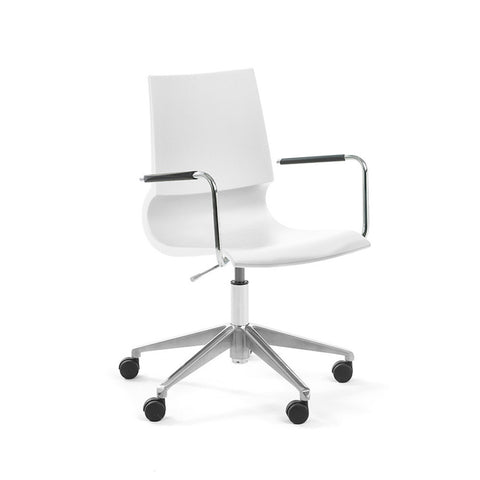 Gigi Arm Chair With Swivel Base | Marco Maran